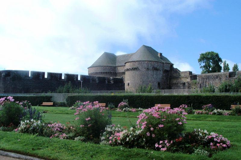Image:Tours Paradis Brest.jpg